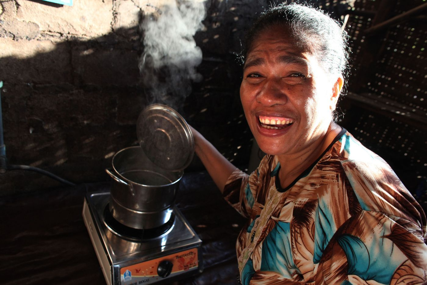 Caption: ENERGIA's new host and longstanding partner in energy projects, Hivos, is working with the community on the Island of Sumba in Indonesia to help the island reach their goal of 100% renewable energy (Photo: Josh Estey)